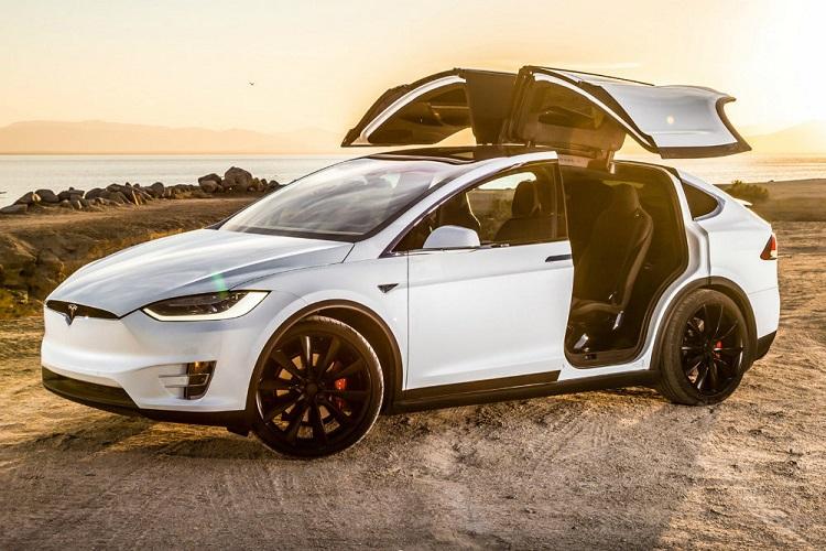Электрокар Tesla Model SPerfomance