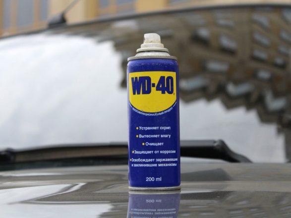 ВД-40 на капоте машины