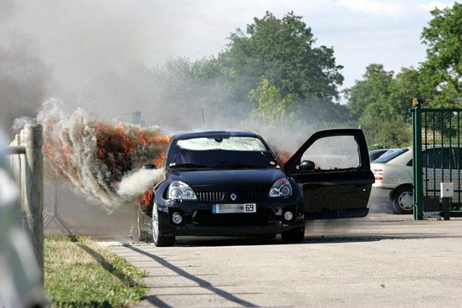 Взрыв ГБО в машине