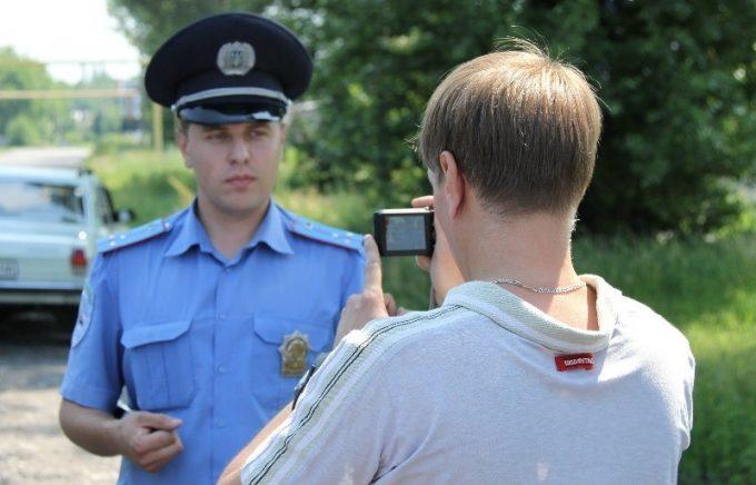 Съемка инспектора на видео