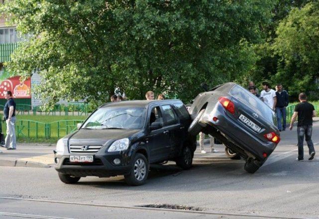 Странная авария