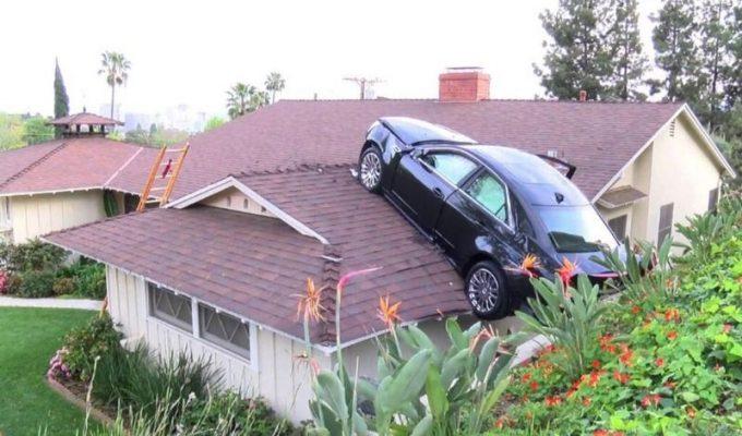 Авто на крыше