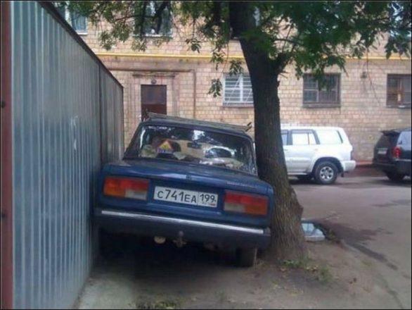 Парковка вплотную от воровства бензина