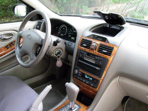 Салон Nissan Maxima A32