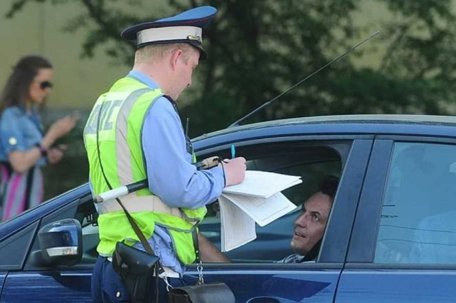 В случае ДТП страховая откажет в возмещении ущерба по ОСАГО, если водитель не вписан в страховку