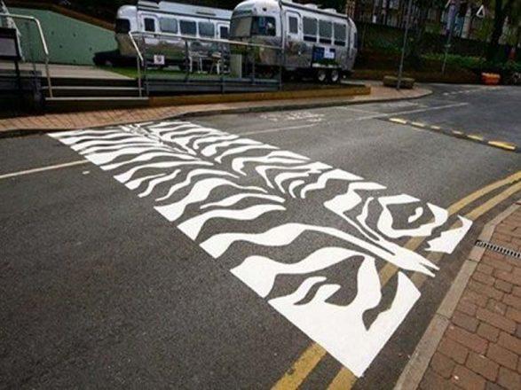 Пешеходный переход-зебра