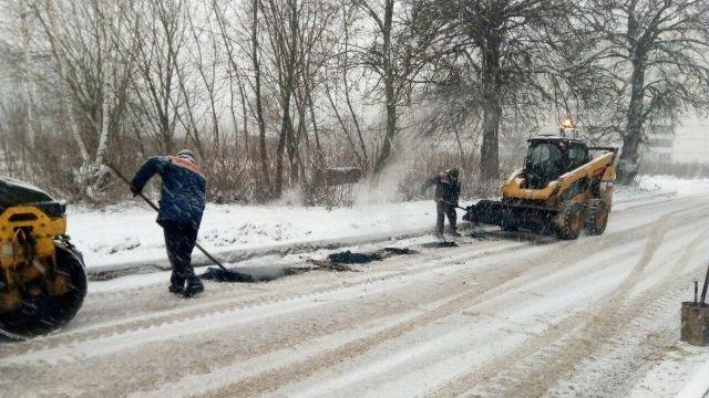 Зимний ремонт дороги