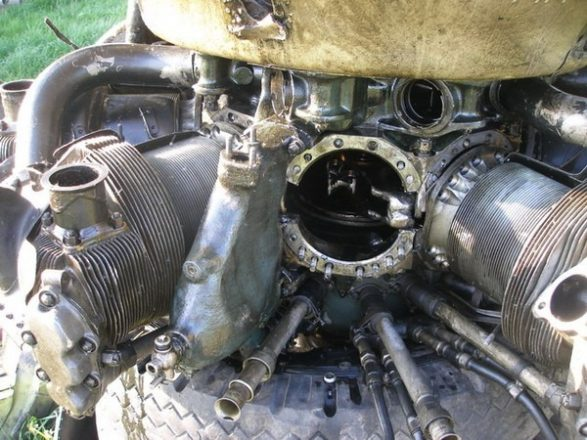 Цилиндры двигателя