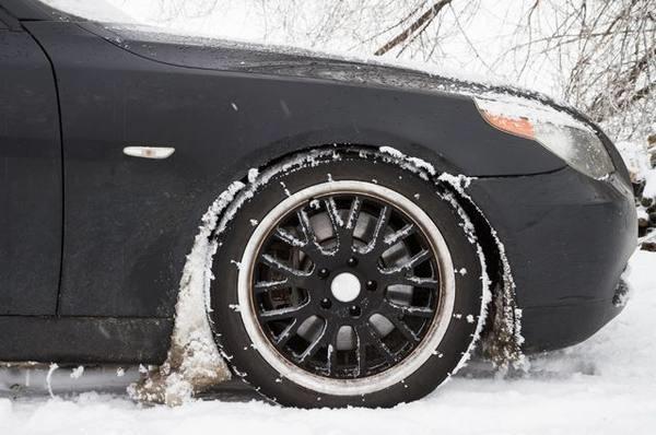 Подкрылки в снегу