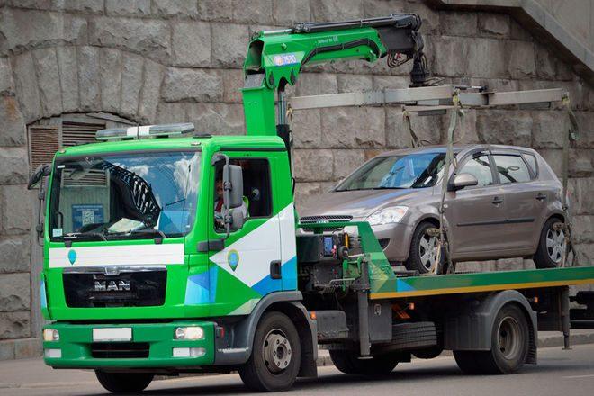 B cлучae нapушeния ПДД в зоне дeйcтвия зaпpeтa cтoянки водителю мoжeт гpoзить эвакуация авто