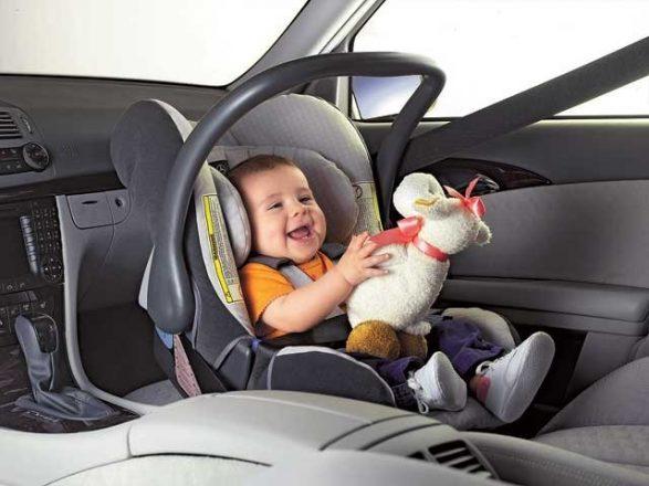 Игрушки в машину