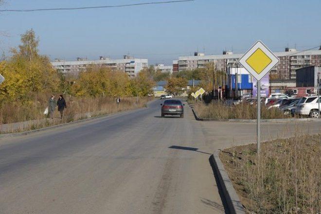 """Знак """"Главная дорога"""" применяется на нерегулируемых перекрестках"""