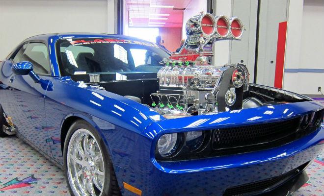 Супермощный мотор авто