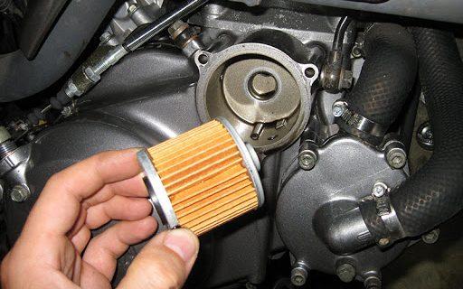 Масляной фильтр автомобиля
