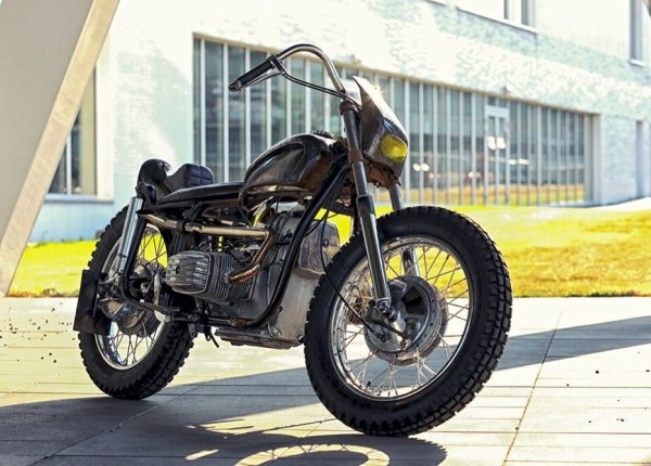 Переделанный мотоцикл Днепр