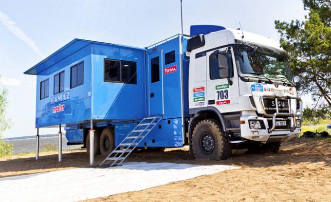 КАМАЗ-65207 переделанный под автодом