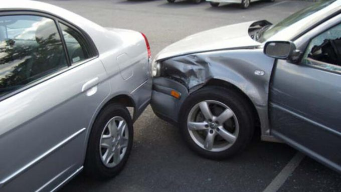 Столкновение двух машин