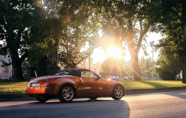 Машина на солнце