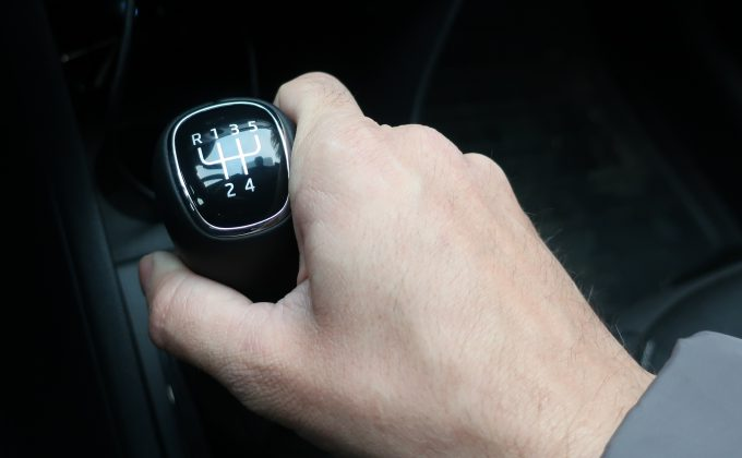 Переключатель передач в авто