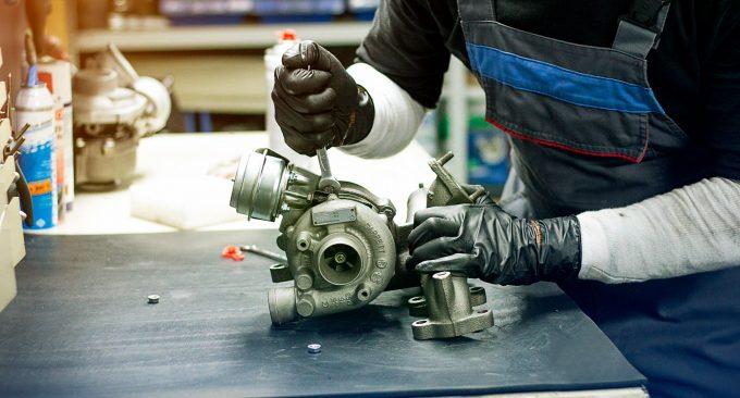 Ремонт турбины двигателя автомобиля