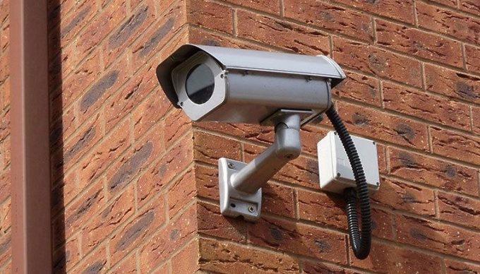 Видеокамера на доме