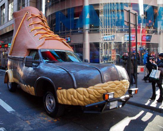 Автомобиль-ботинок
