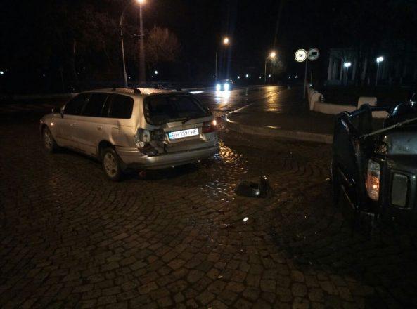 Авария двух автомобилей ночью
