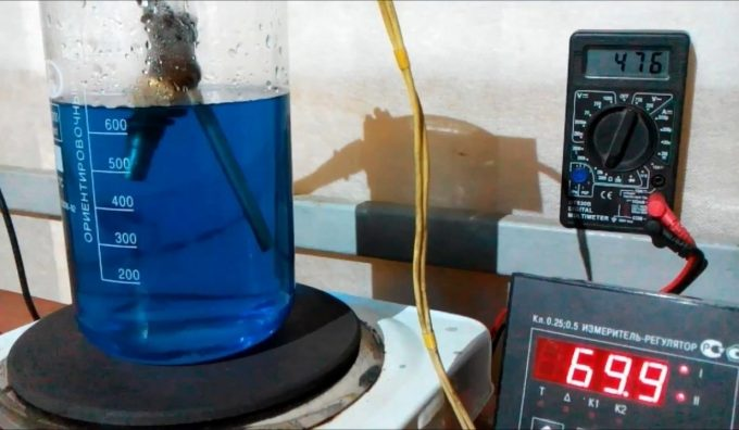 Проверка датчика в кипящей воде