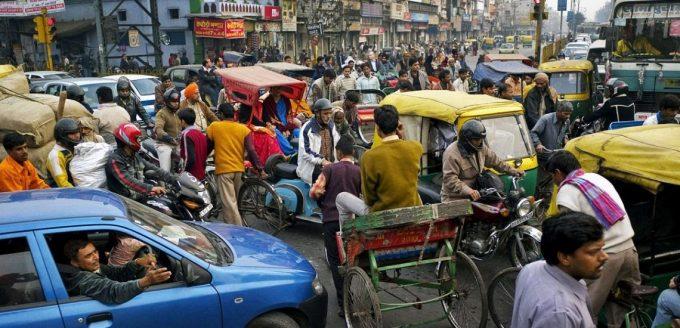 Уличный трафик в Индии