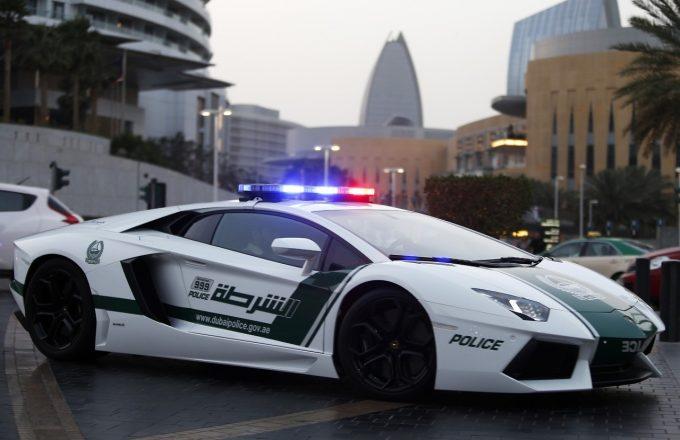 Полицейский автомобиль Bugatti
