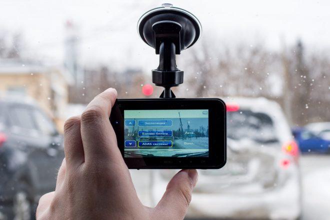 Видеорегистратор в машине