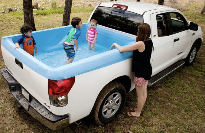 Детский бассейн в пикапе