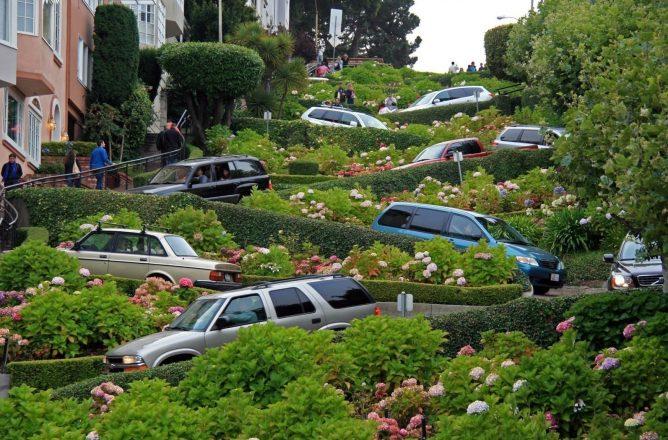 Ломбард-стрит в Калифорнии