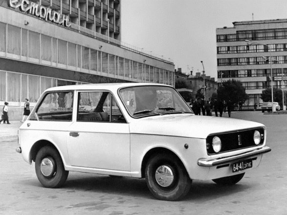 Автомобиль ЗАЗ-970 опытный.