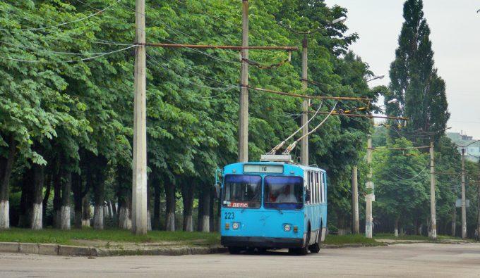 Троллейбус-старый