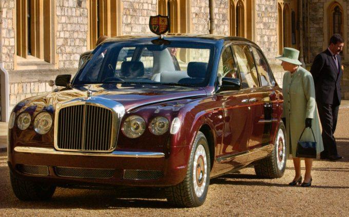 Bentley State Limousine Елизаветы II.