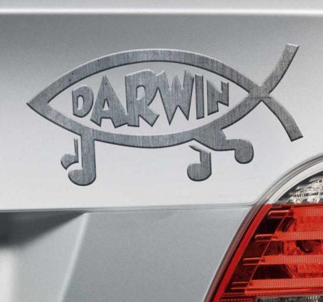 Знак рыбы и надпись Дарвин.