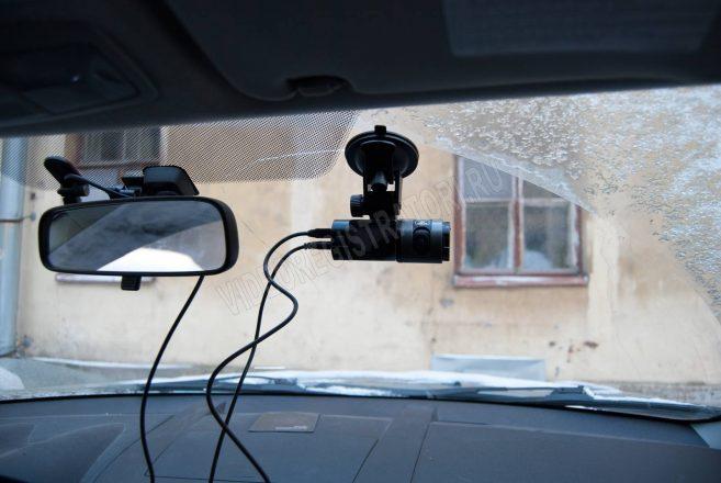 место крепления видеорегистратора