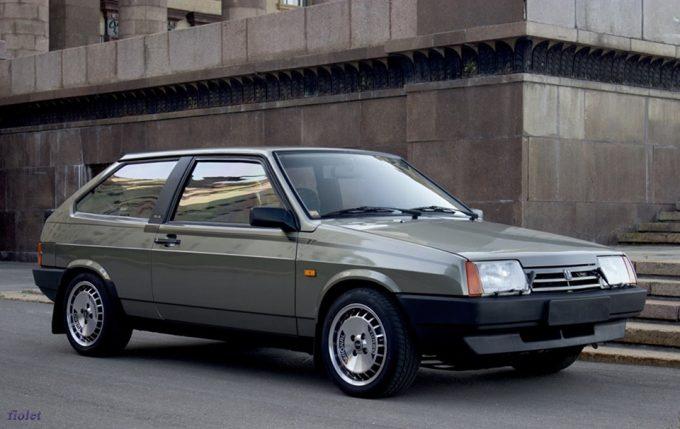 «ВАЗ-2108».