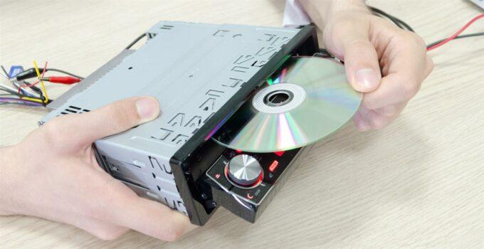 какие диски читает автомагнитола